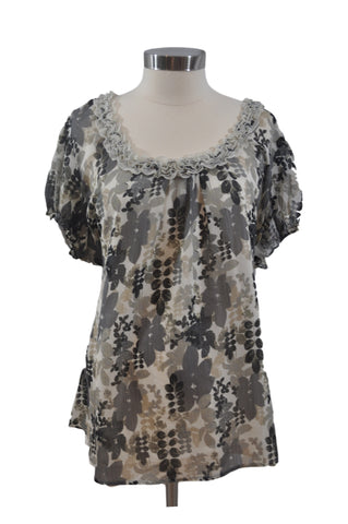 Black & Gray Short Sleeve Blouse by Duo Maternity