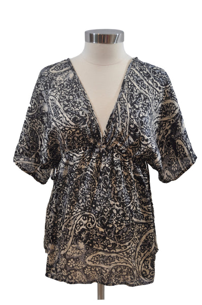 Black & Tan Tunic Top by Motherhood