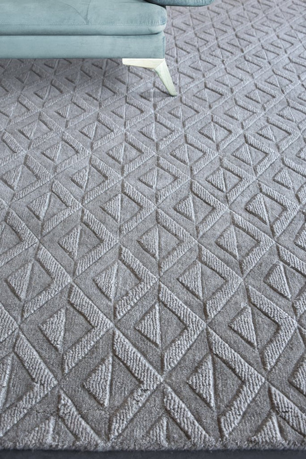kenel wool rug in grey color