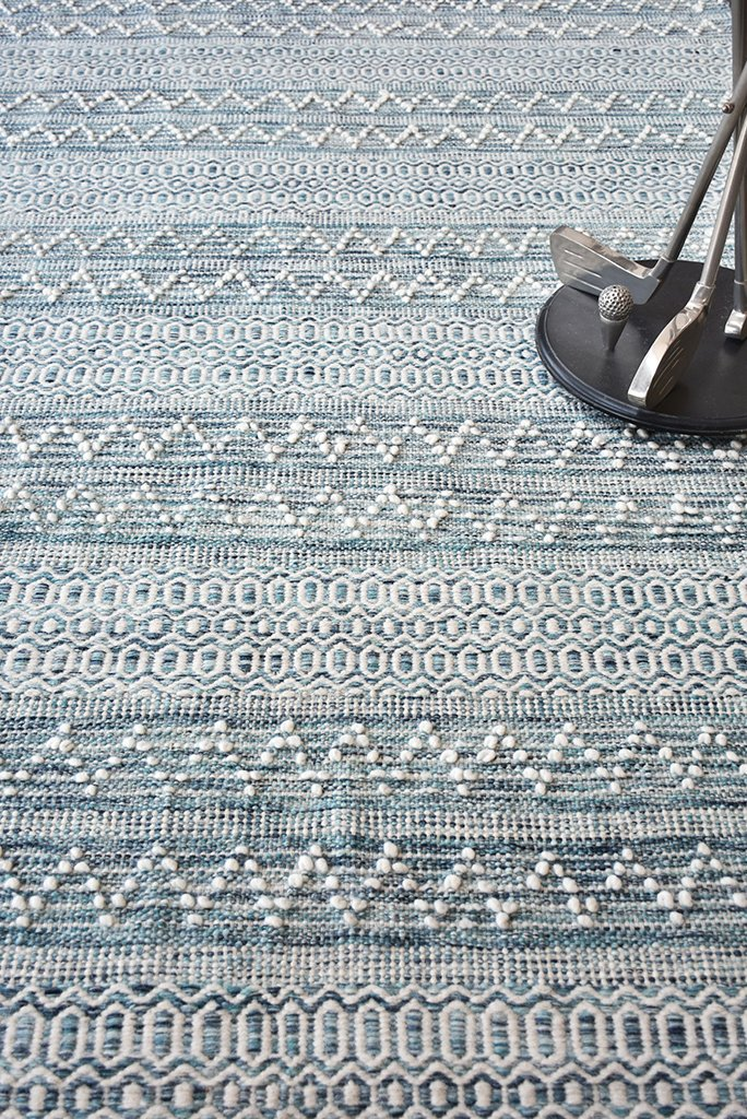 alyn wool rug in blue and ivory color