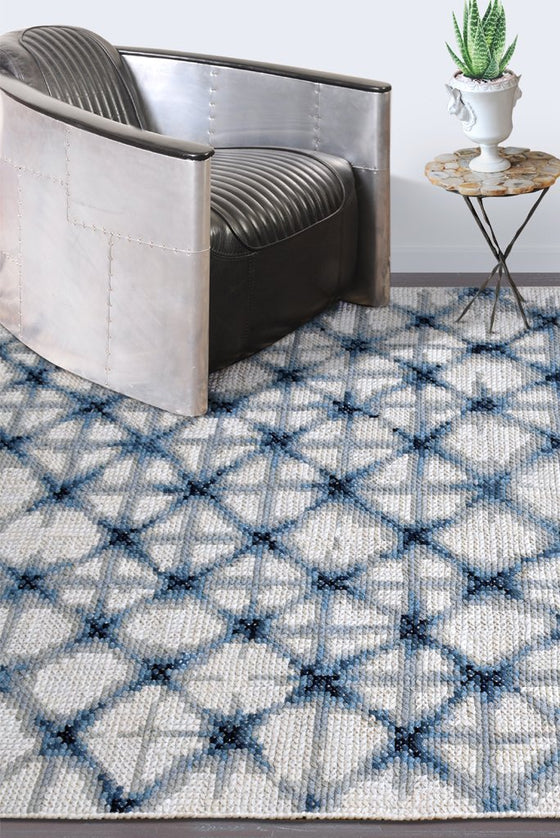 dalbury wool rug in blue and ivory color