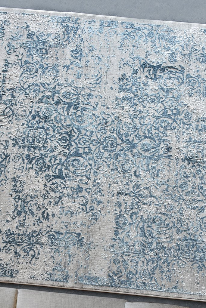 merida viscose rug in blue color