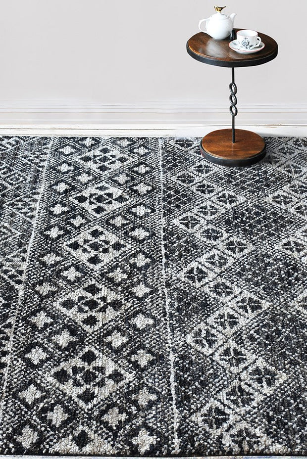 salena hemp rug in charcoal and ivory color