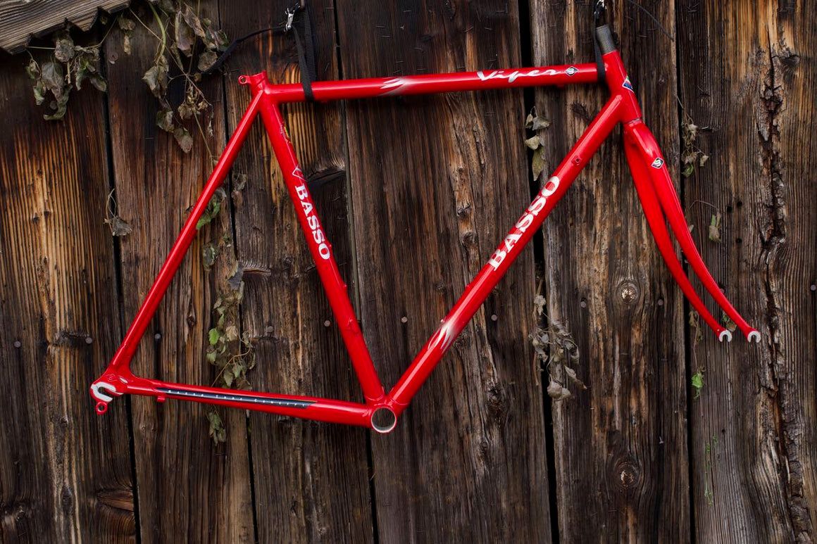 New Basso Viper frame red with silver flames