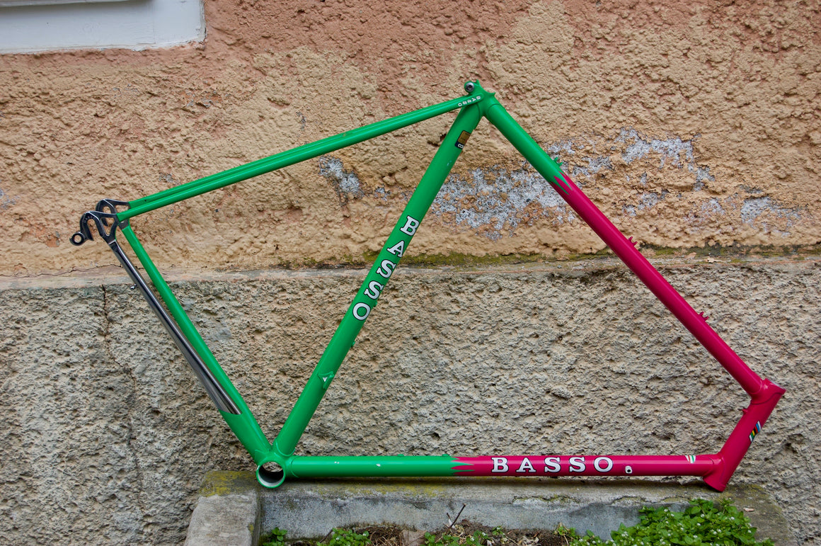 Basso green-pink