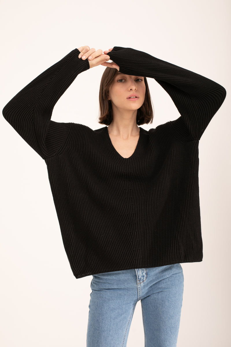 Black John knitted V neck