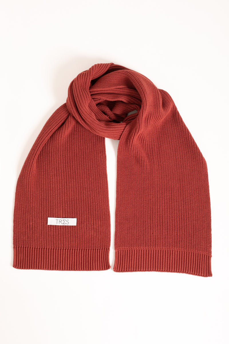 Bordeaux knitted scarf