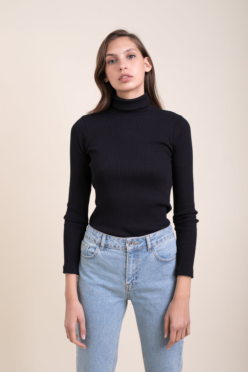 Black Elliott Turtle Neck