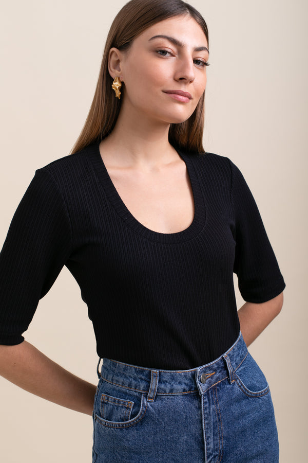 Black Alexa Top