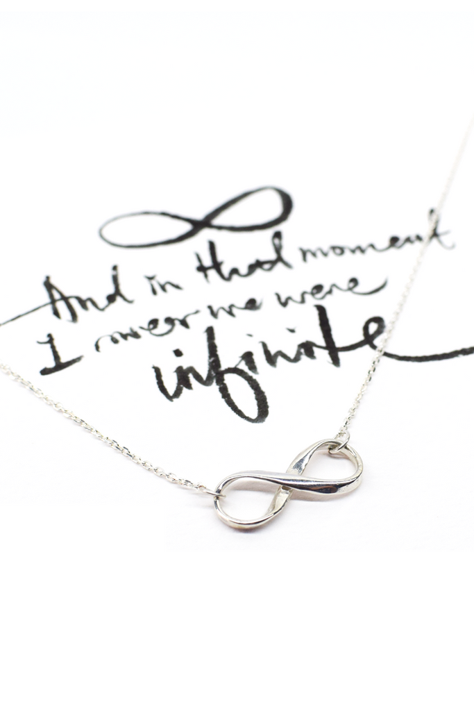 Infinity Necklace (Sterling Silver)