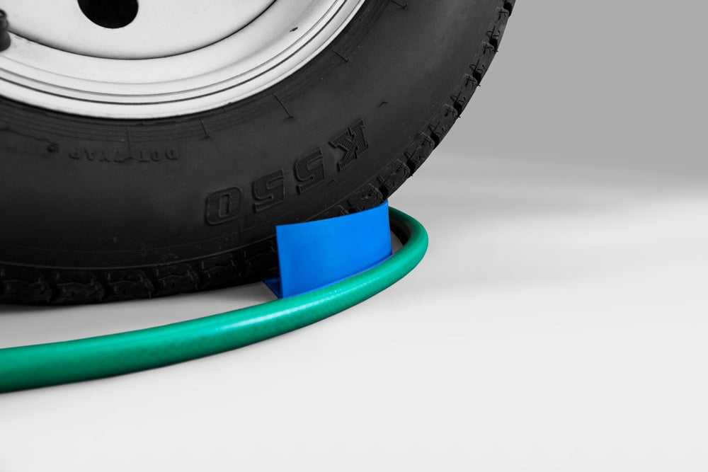 Hose Slide - Wash Your Car Without Trapping The Hose