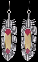 LoulaBelle Pink and Mother of Pearl Feather Earrings [LE8163PI]
