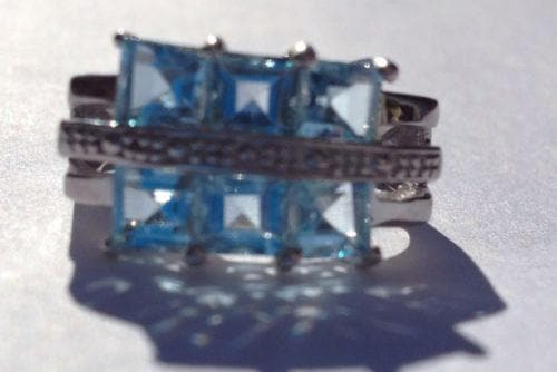 925 Silver Ring with Blue Topaz Stones Size 6 1/2 with 6 topaz Squares , Gemstone - The House of Awareness, The House of Awareness  - 1