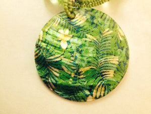Green Shell Necklace and Earring Set - The House of Awareness