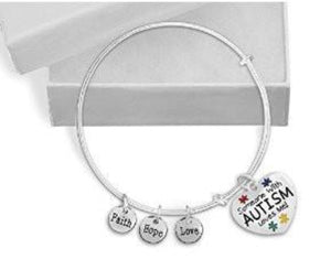 Someone With Autism Loves Me Retractable Charm Bracelet - The House of Awareness