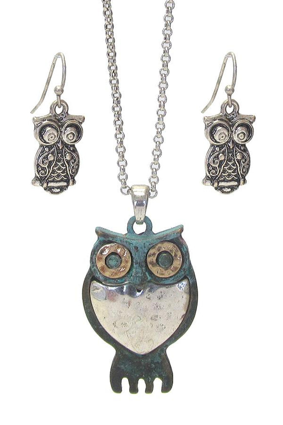Metal Owl Pendant Necklace and Owl Earring Set