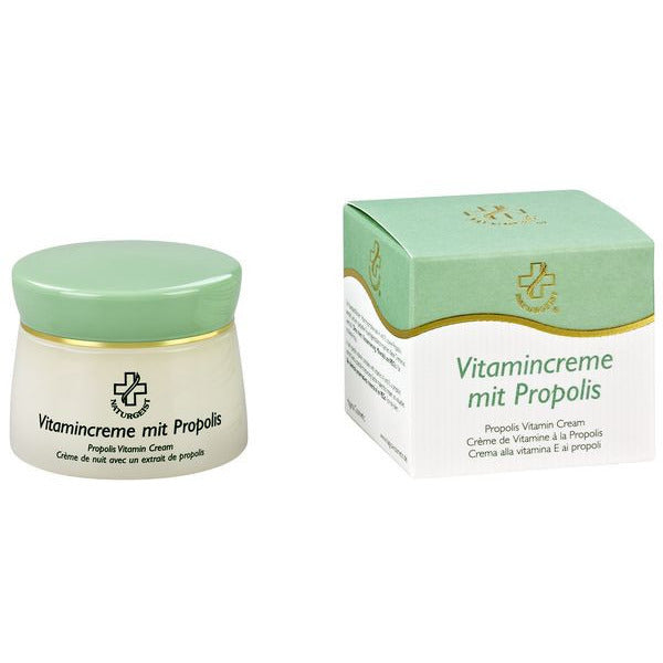 Vitamin cream with propolis