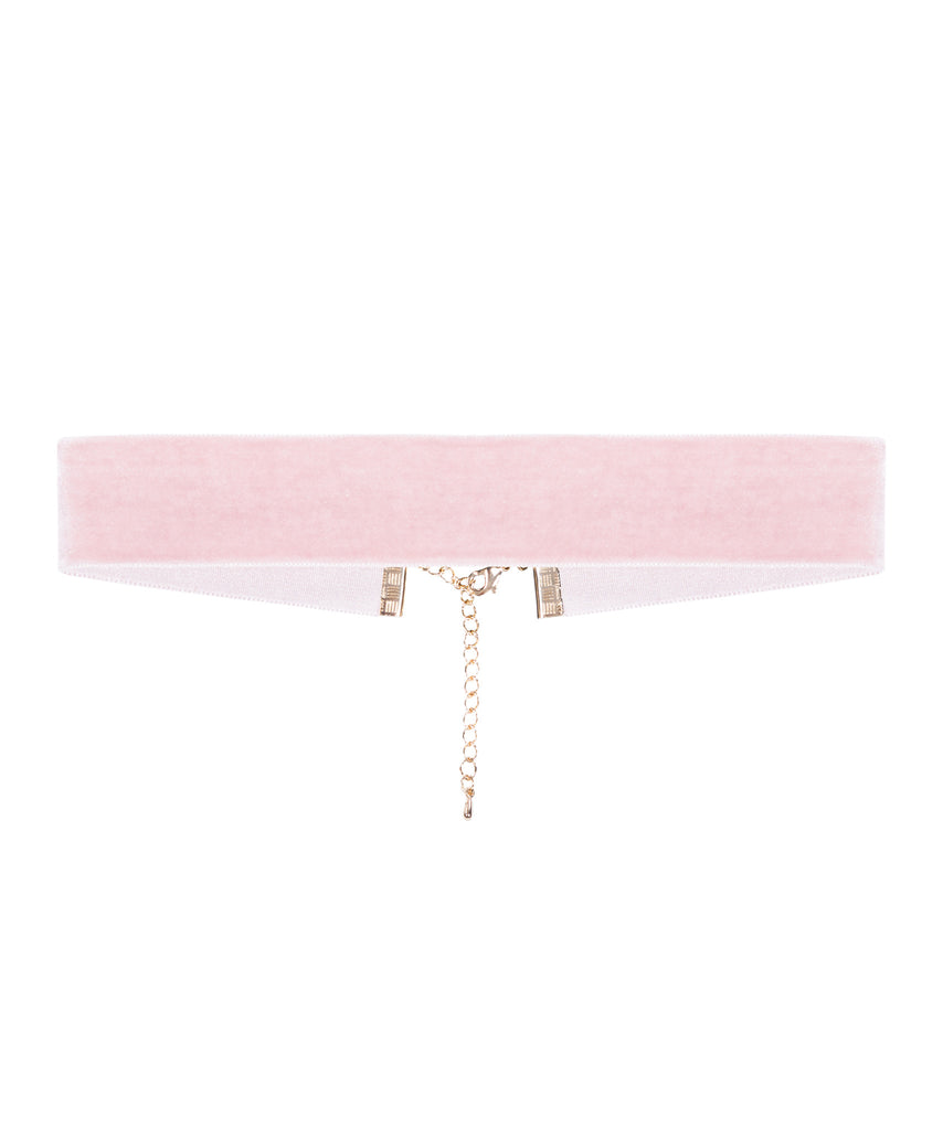 8 Other Reasons Romeo Velvet Choker