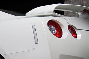 09+ R35 GTR JDM Clear REAR REFLECTORS (Pair)