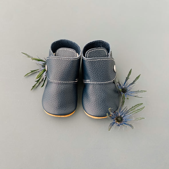 the snap boot: navy