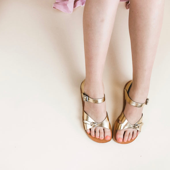 cape cod sandal: gold