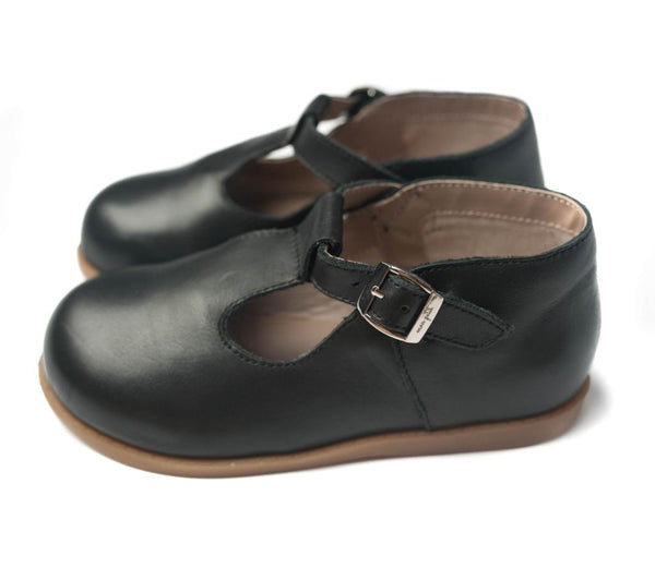 the hard-soled t-strap: black