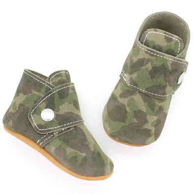 the snap boot: suede camouflage