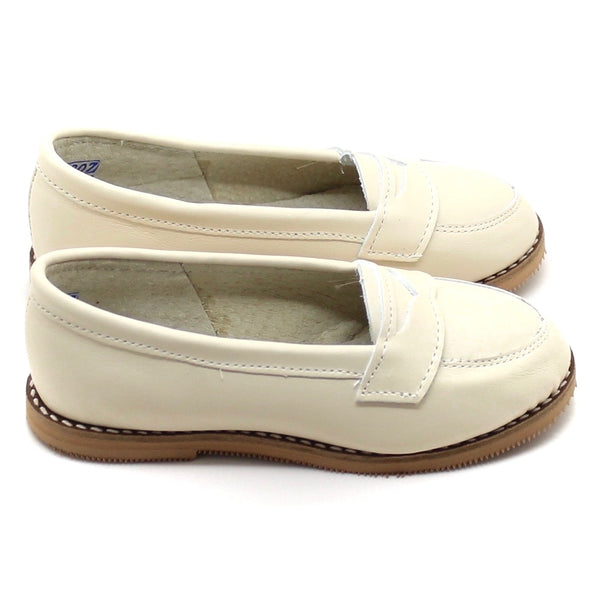 the loafer: cream