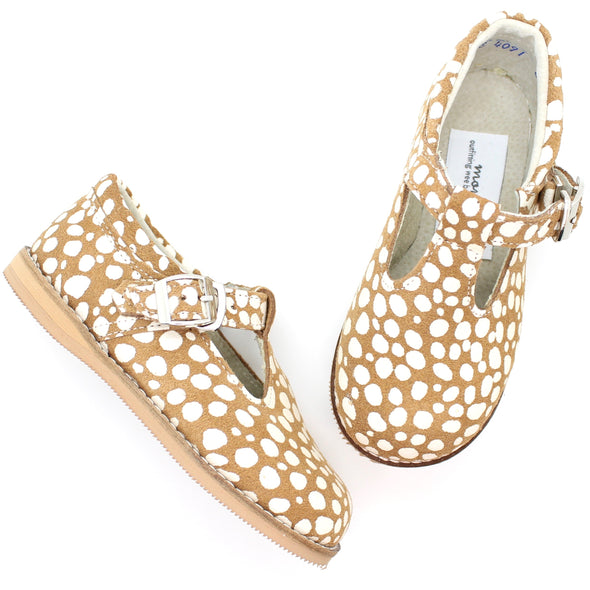 the hard soled t-strap: fawn dot