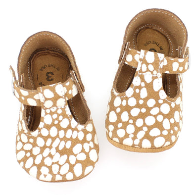 the original soft soled t-strap: fawn dot