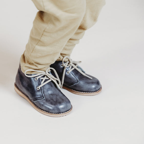 the hard soled oxford: marble grey