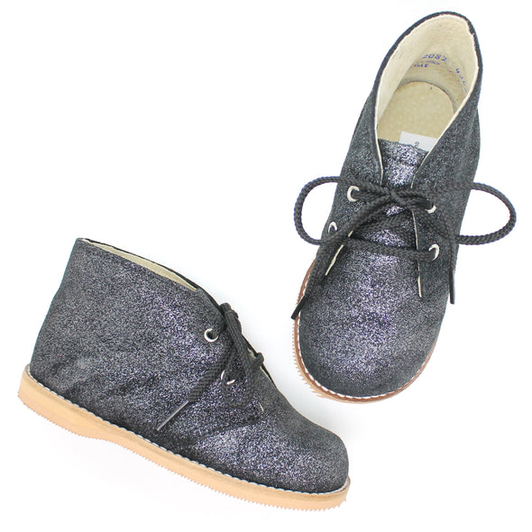 the hard soled oxford: moonlight shimmer