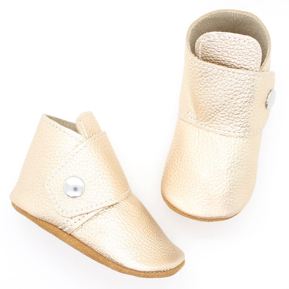 the snap boot: white gold