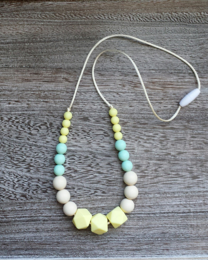 Silicone Teething Necklace in Springtime