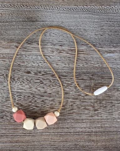 Silicone Teething Necklace in Blush