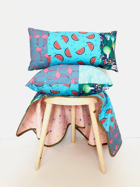 FLAMINGO IN THE FOREST SQUARE CUSHION