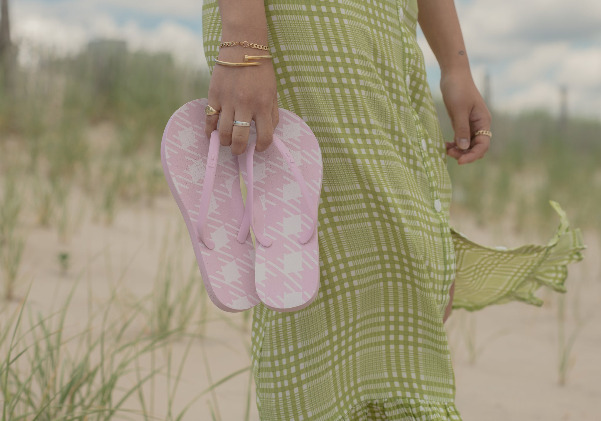 Accessorize the perfect summer beach dress with cute pink flip flops. Perfect for a beach picnic