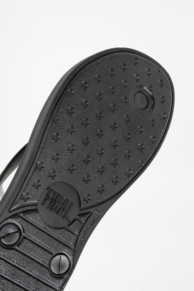 American made men's black flip flops.