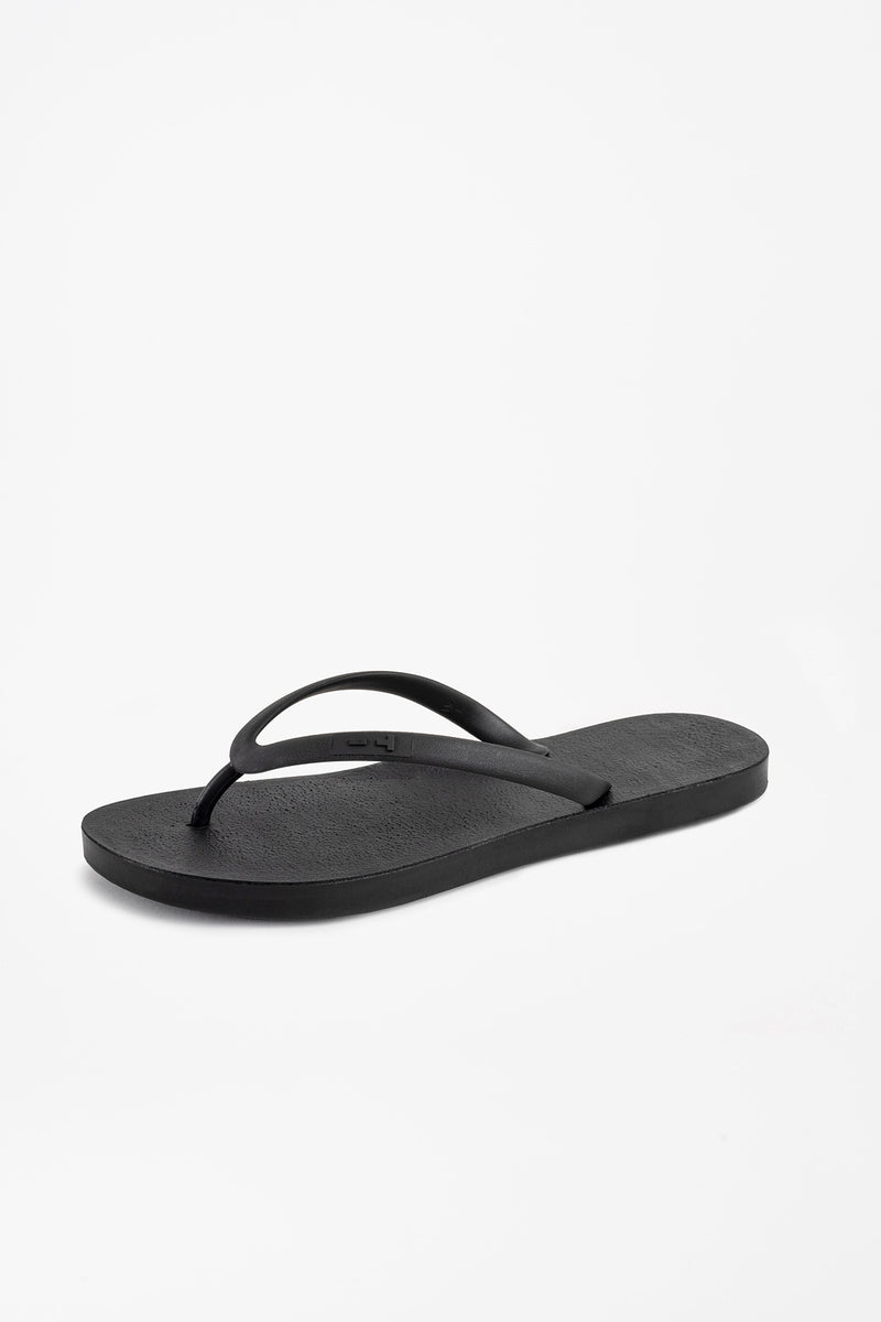 Black sustainable flip flops made in America