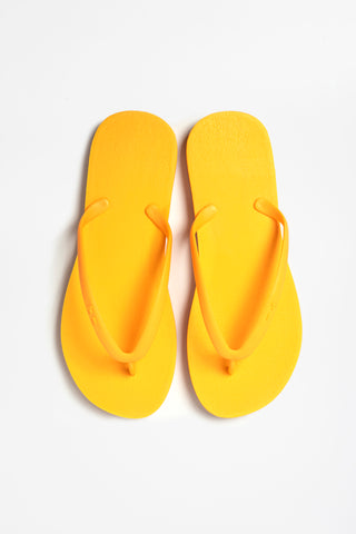 Women's flip flops in tangerine orange