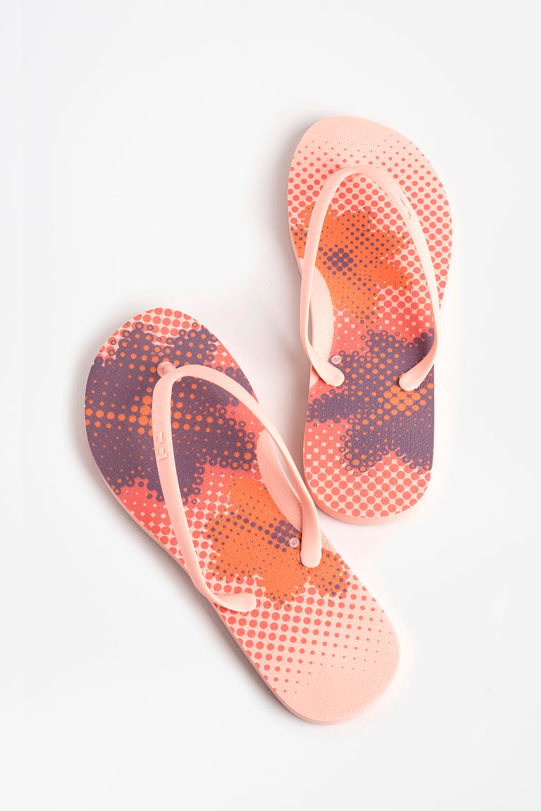 Women's flower flip flops in blush pink