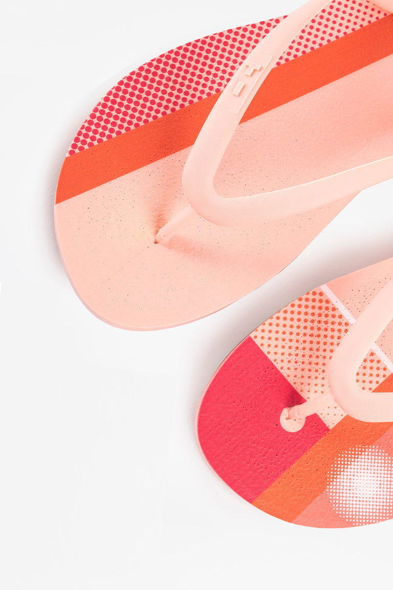 Pink and orange women's flip-flops with color block pattern