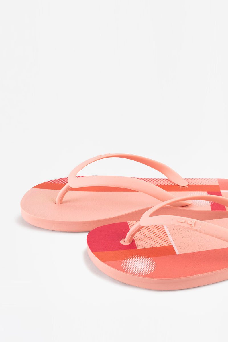 Pink flip-flops for women. 100% made with sustainable, American materials