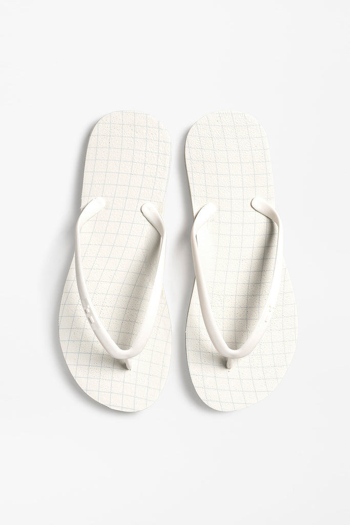 Women's flip flops with grid design