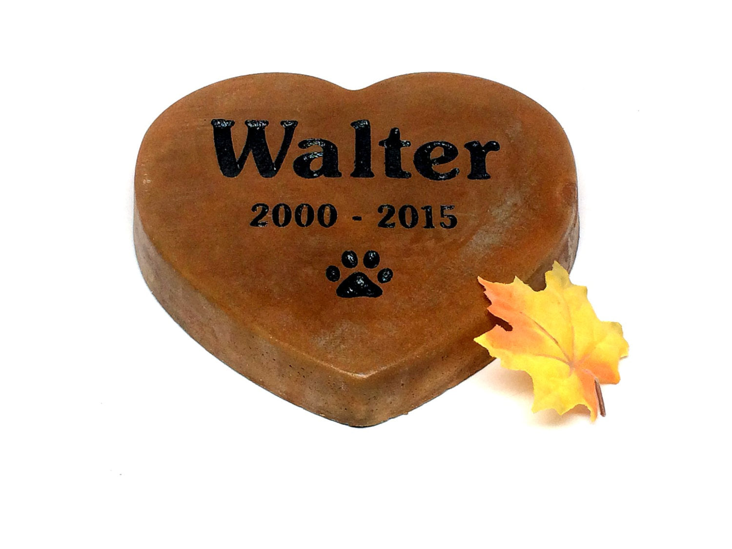 Personalized Heart Shaped Garden Stone Pet Memorial Marker Large ...