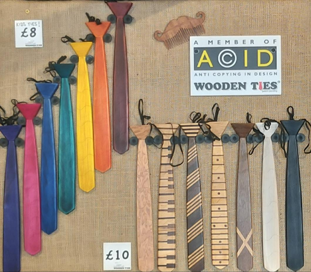 Kids Rainbow Colour Wooden Ties - 35cm