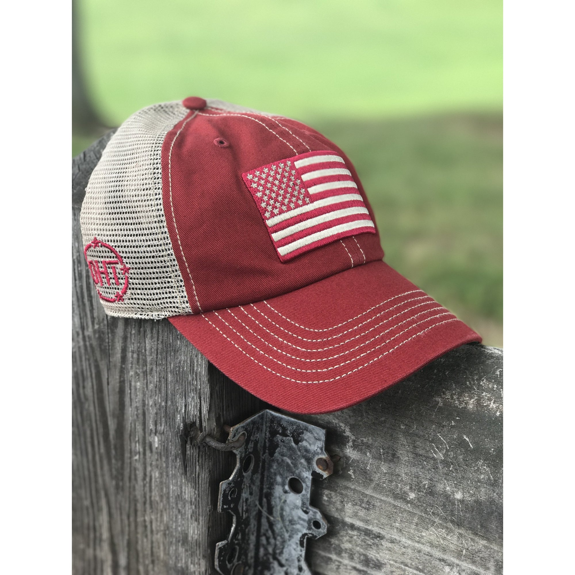 b34f2079529 Alabama Football Fitted Hats - Parchment N Lead
