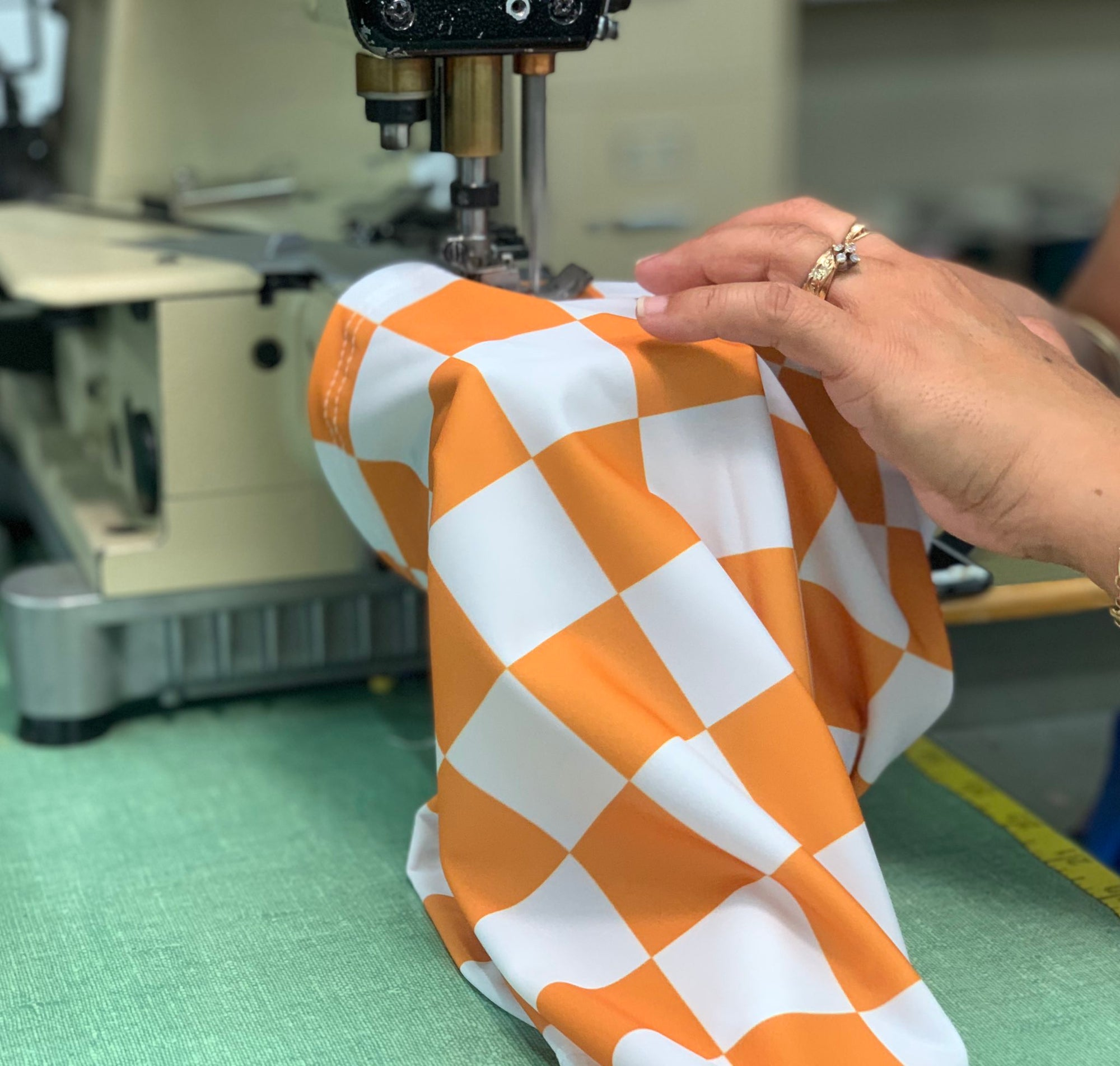 "Tennessee ""Checkerboard"" Neck Gaiter"