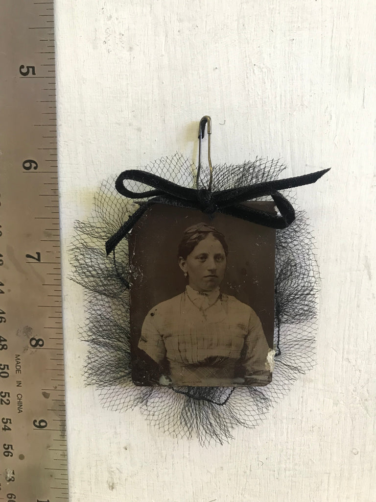 Diamond Face Tintype Pin