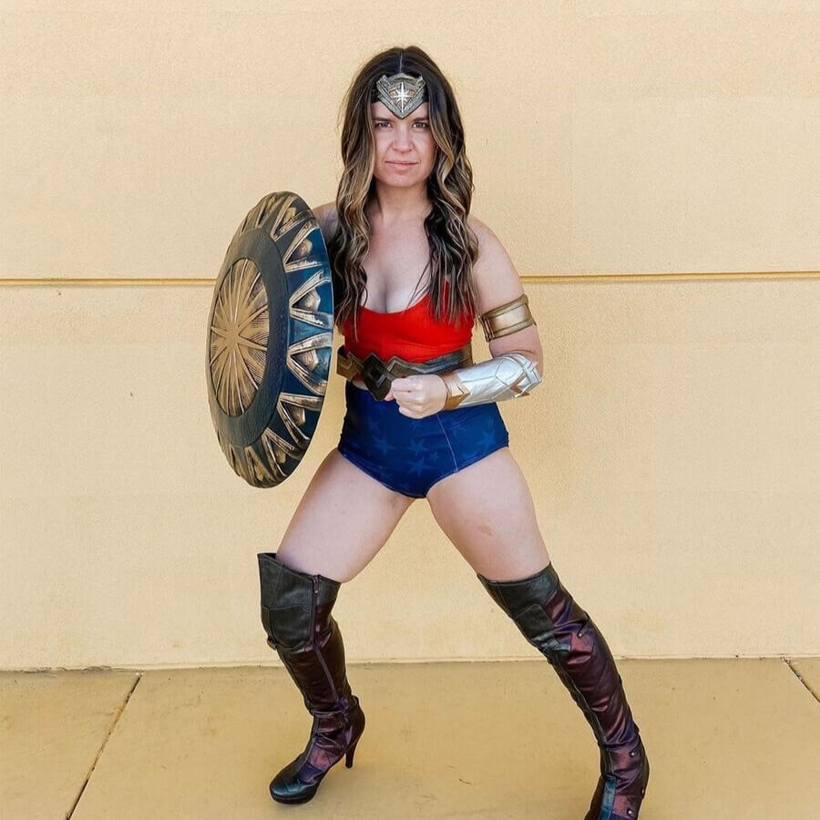 #kortnijeanehalloween wonder woman